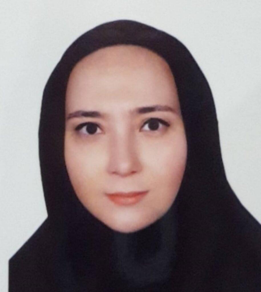 عکس خانم صالح نیا